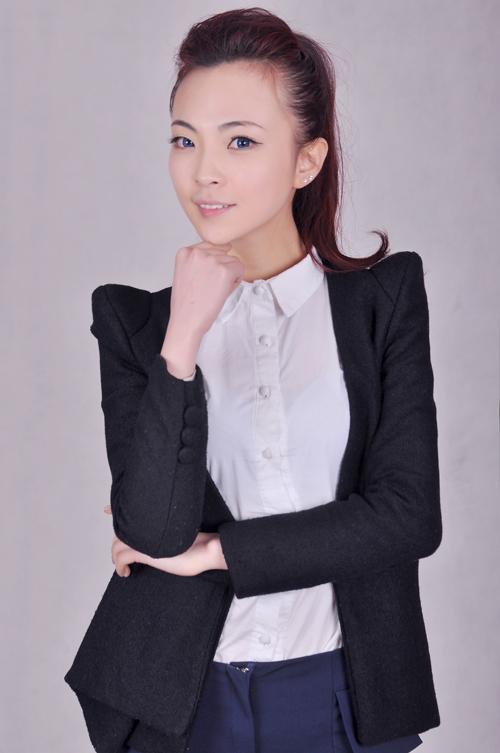 90后美女老板杨子:用心捕捉儿童摄影的焦点