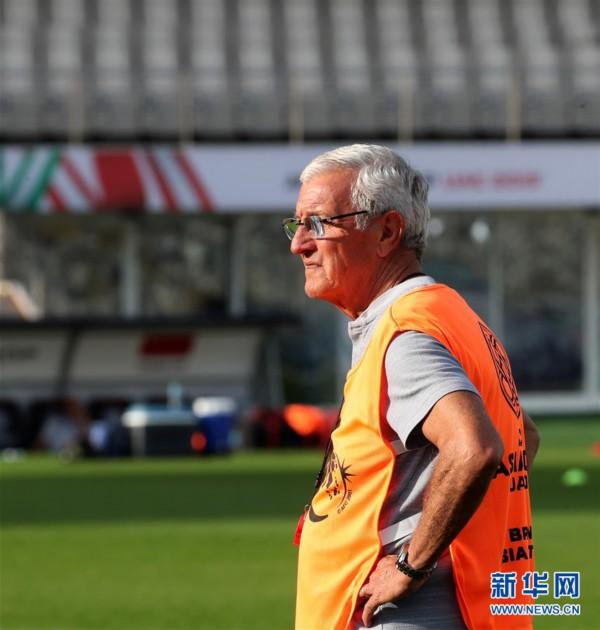 (亚洲杯)(3)足球——中国队进行赛前训练